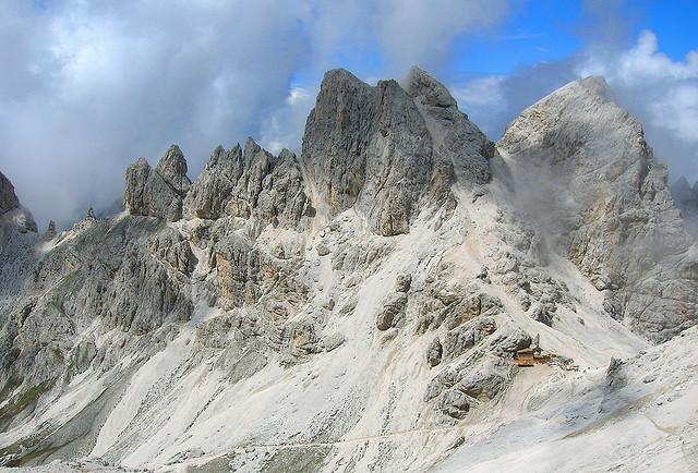 Residence la zondra residences appartamenti a pozza for Trento informazioni turistiche
