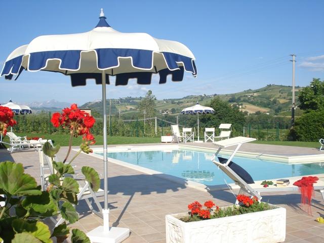 | Case per ferie | Appartamenti | Bed & Breakfast | Country house | Country House Villa Geminiani Montalto delle Marche