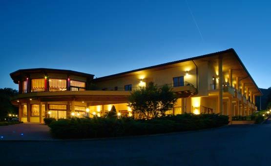 | Hotel | Centri Benessere | Ristoranti | Hotel & Spa Le Grotte Genga