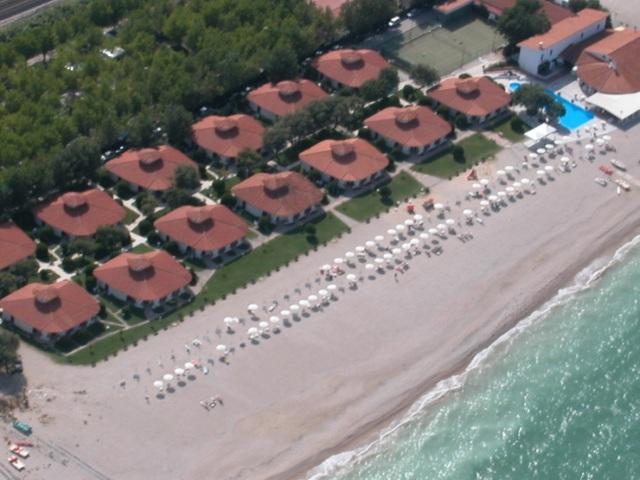 | Hotel | Hotel Villaggio IL GIRASOLE Marotta