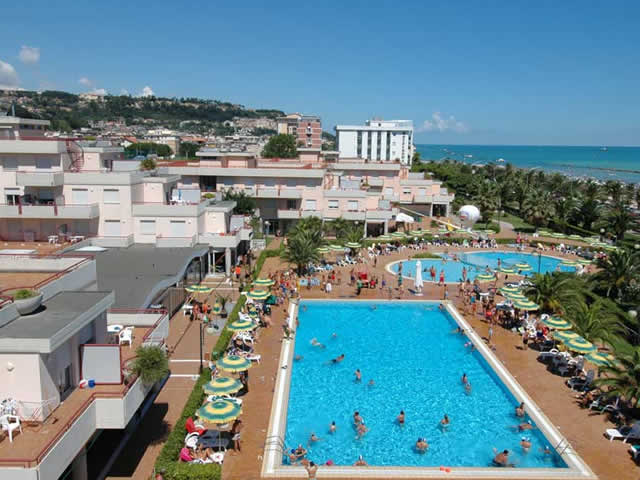 | Hotel | Appartamenti | R.T.A. | Villaggi turistici | Residence Club Hotel Le Terrazze Grottammare