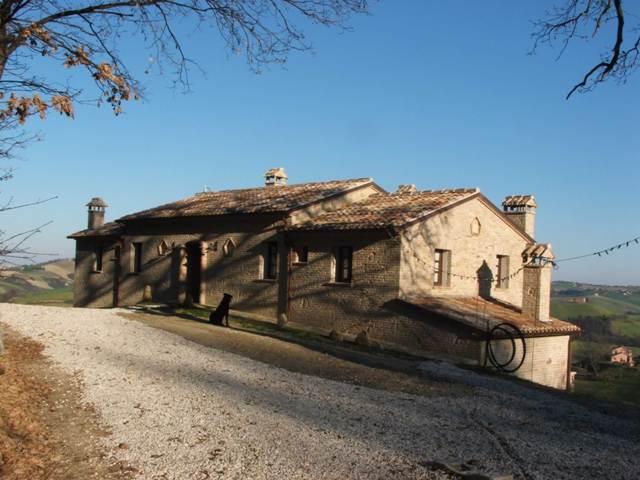 | Agriturismo | Agriturismo Bacchiocchi Montebello