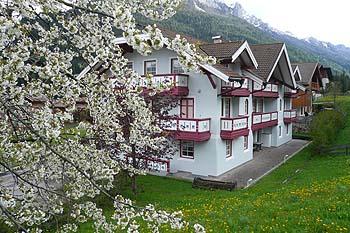 | Residences | Appartamenti | Azzurra Pozza di Fassa