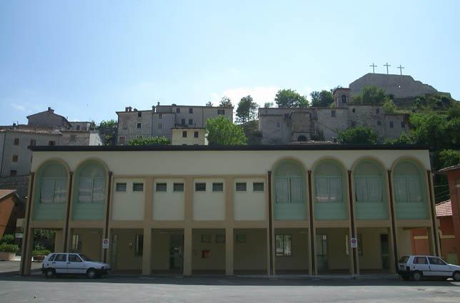 """OSTELLO  """"SAN GIOVANNI BATTISTA"""" Centro storico del Comune di Cantiano"""