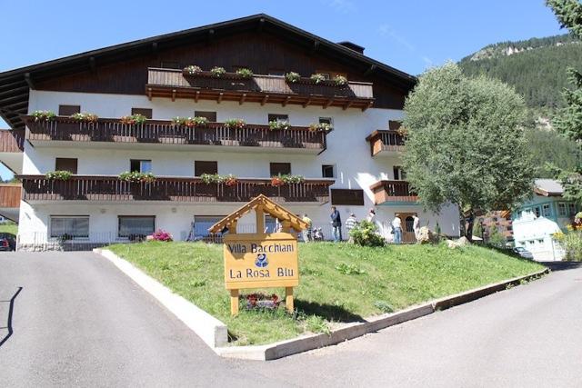 | Hotel | Case per ferie | Villa Bacchiani Pozza di Fassa