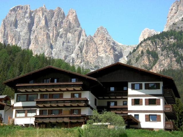 | Residences | Appartamenti | Residence La Zondra Pozza di Fassa