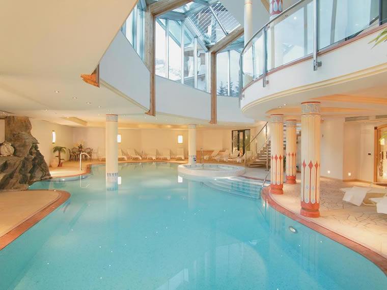 Hotel col alto hotel centri benessere a corvara in - Hotel corvara con piscina ...