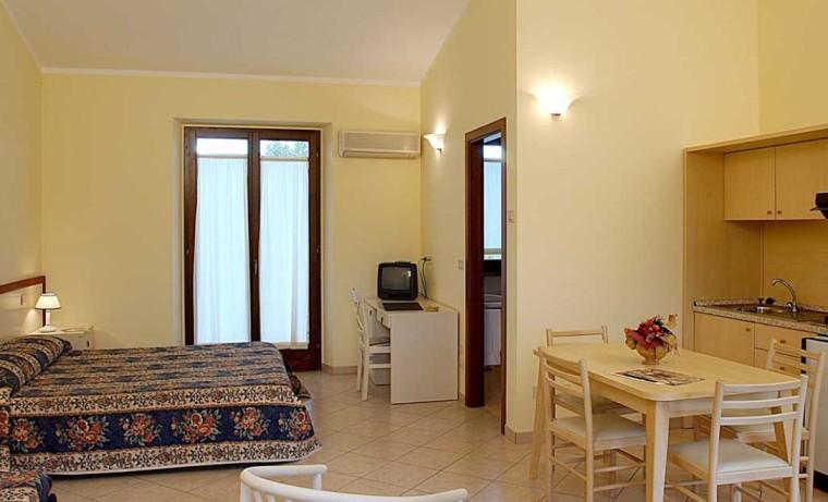 | Hotel | Residences | Villaggi turistici | Centro Vacanze Verde Azzurro Cingoli